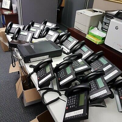 Phone System - Toshiba Strata 6x16 W Voicemail And 16 Phones