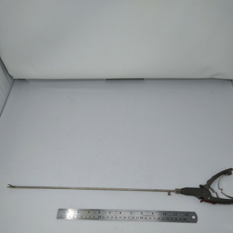 R. Wolf Sarbu Self-Righting Needle Holder 8394.506 and Handle 8393.941