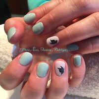 Pose d'ongles, manucure, shellac