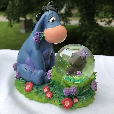 "Vtg Disney Store Winnie the Pooh -Eeyore & Gopher Snow Globe 4.5"" Figurine"