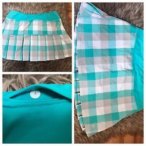 Lululemon skirt never worn  Size 4