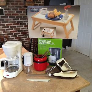 KITCHEN APPLIANCES ..$10 EACH OR MAKE OFFER ON ALL *NO HOLD*