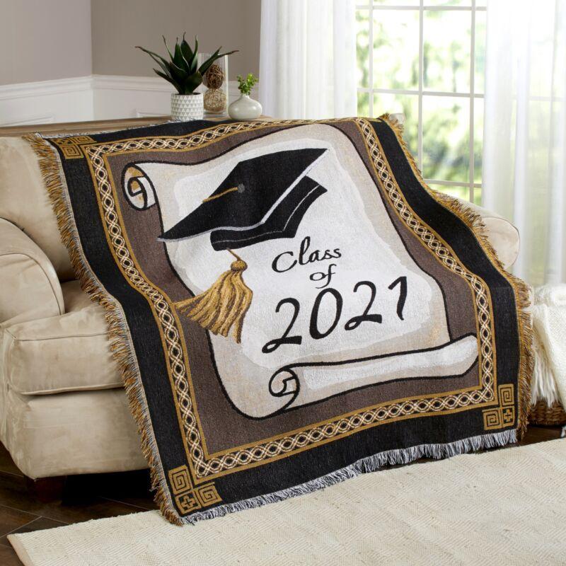 Graduation Throw Fleece Blanket for 2021 Educational Graduates