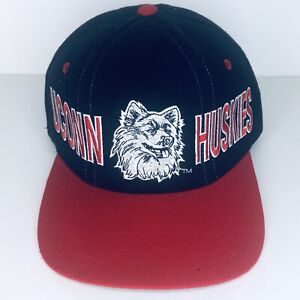 premium selection c946c d5c8e Vintage Starter 100% Wool UConn Huskies Snapback Hat University Of  Connecticut