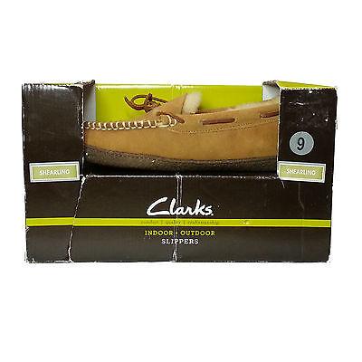 CLARKS men's size 9 Brown Indoor Outdoor Slippers Genuine Shearling Sock Fur