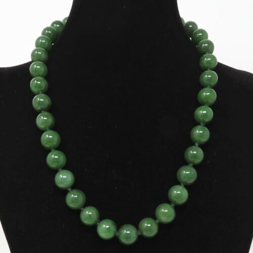 NYJEWEL Gumps 18k Yellow Gold Diamond 12mm Nephrite Jade Beads Necklace