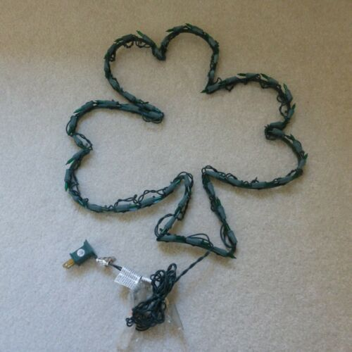 "16"" SHAMROCK WINDOW DISPLAY DECORATIVE NON-WORKING LIGHTS NEW"
