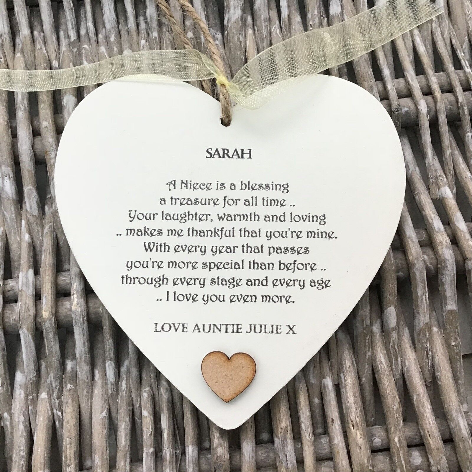 Shabby personalised Gift Chic Heart Plaque Special NIECE Gift ANY NAMES Birthday - 233008392134
