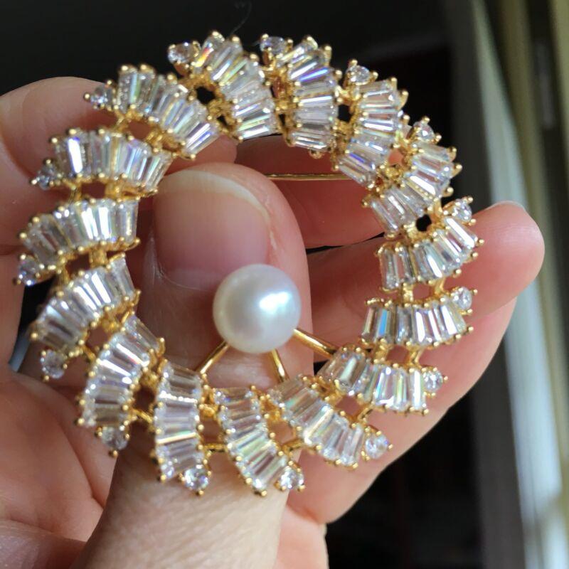 8~9mm White Freshwater Pearl Sparking white Crystal Elegant Luxury Gold Brooch