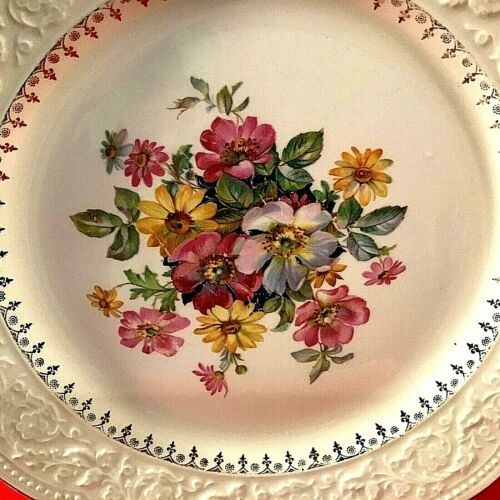 """VINTAGE PLATE SCALLOPED FLORAL GOLD ACCENTS 10"""" EDWIN M. KNOWLES HAND DECORATED"""