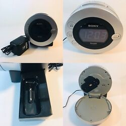 Sony Dream Machine Auto Time Set Dual alarm clock CD IPod iPhone Radio ICFCD3iP