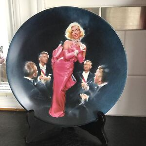 Set of 4 Marilyn Monroe collector plates