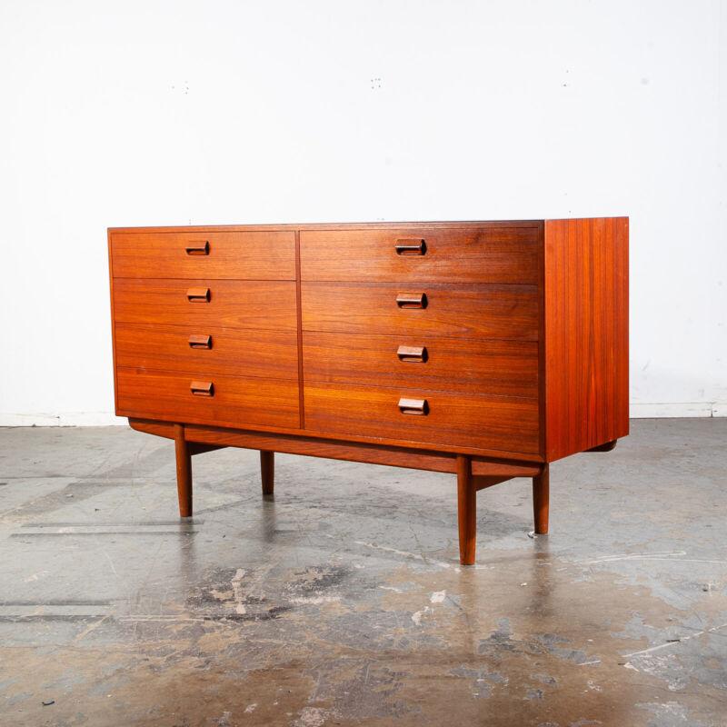 Mid Century Danish Modern Dresser Credenza Teak Borge Mogensen Soborg 8 Drawer