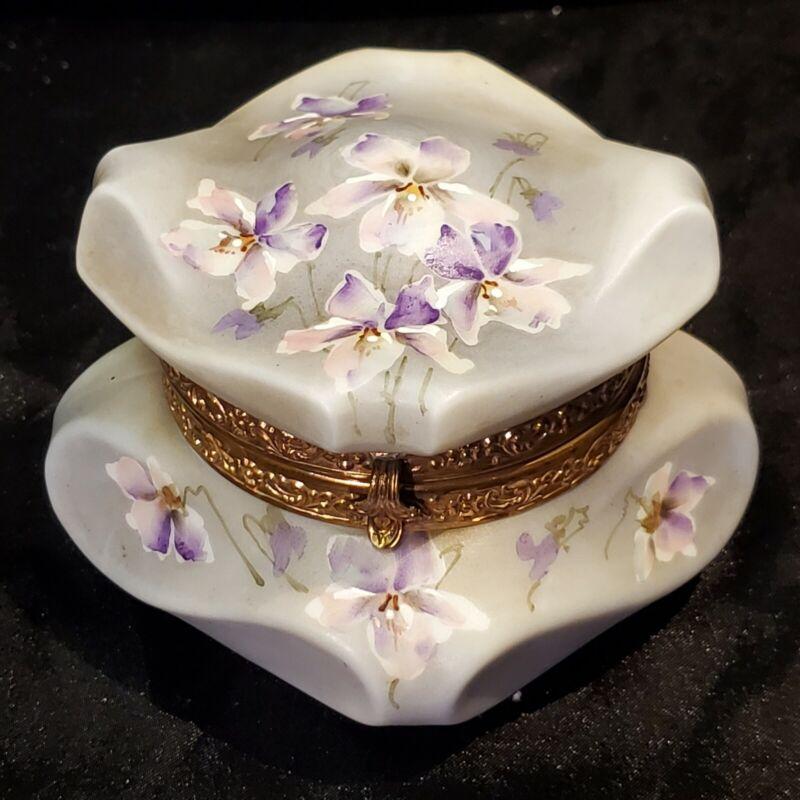 Antique Lavender Wavecrest Floral Pansy Decorated Trinket Box Original Lining