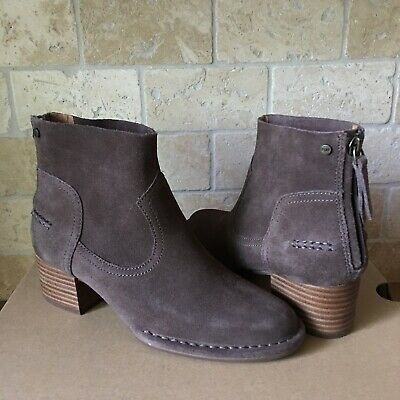 UGG Bandara Mysterious Suede Stacked