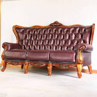 Chesterfield Style Leather 3-Seater Lounge