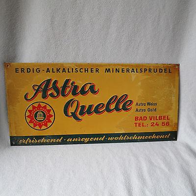 altes Blechschild Astra Quelle Mineralsprudel 51x23cm geprägt Werbeschild RAR!