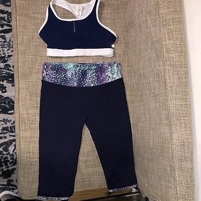 New Fabletics Outfit, Crop Top And Pants Leggings Size XS