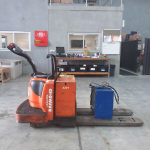 Raymond******8410 Rider Pallet Mover Pallet Truck Luscombe Gold Coast North Preview