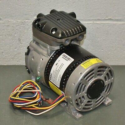 Gast Rocking Piston Vacuum Pump 86r123-101-n170x 115230v Ac 18 Hp 27 In. Hg