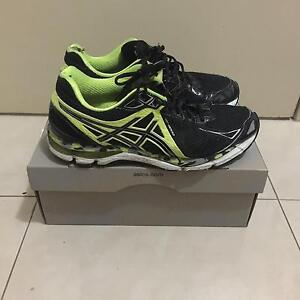 Mens Asics Sneakers Shoes Black / Yellow GEL Size 8.5US mens Strathfield Strathfield Area Preview