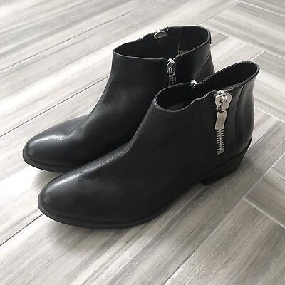 - Janet And Janet Black Ankle Boots Size 37.5 Side Zip Smooth Leather Block Heel