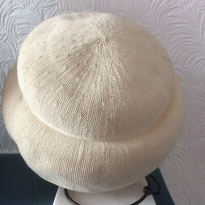 Vintage ladies Kangol cloche summer hat