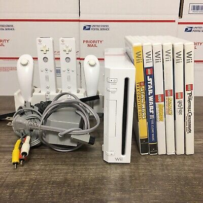 Nintendo Wii COMPLETE System/Console, 6 Games, 2 Remote Controllers & 2 Nunchuks