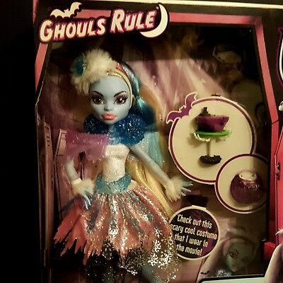 Monster High Ghouls Rule Abbey Bominable Doll Brand New Sealed Halloween 2012](Monster High Ghouls Rule Halloween Dolls)
