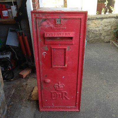 ER 11 Original Royal Mail Post Box Cast Iron