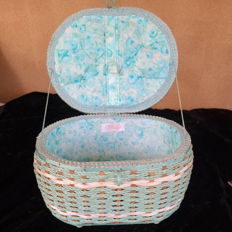 Dritz Blue/ Green Vintage Sewing Basket