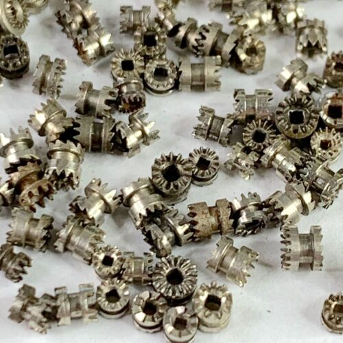 25 Watch Clutch Wheels Gears Steampunk Silver Altered Art Watchmaker Lot Repair