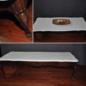 Delicraft coffee table