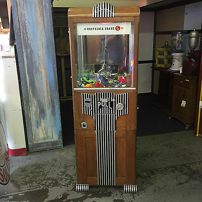 1930s Art Deco 5 Cent Novelty Merchantman Prize Crane Coin-Op Claw Machine