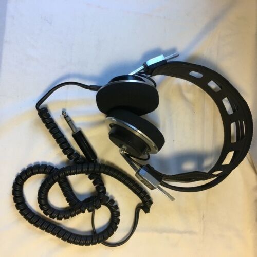 VINTAGE REALISTIC PRO-10 STEREO HEADPHONES EXCELLENT CONDITION