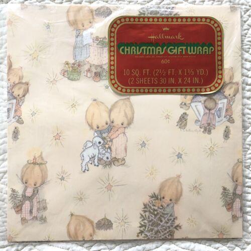 VTG Hallmark Christmas Gift Wrap Wrapping Paper Betsey Clark