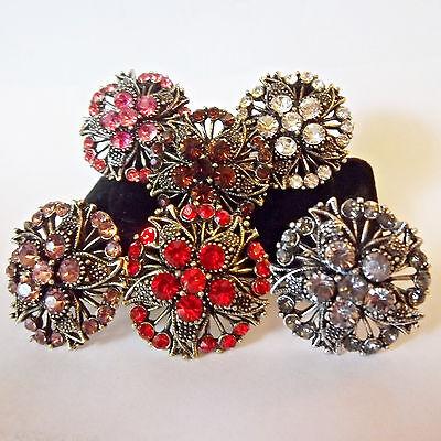 (Ring Flower Rhinestone Big Bling Adjustable Adult Fashion Trendy Silver/Goldtone)