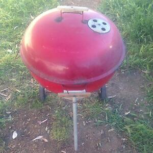 Red weber Seville Grove Armadale Area Preview