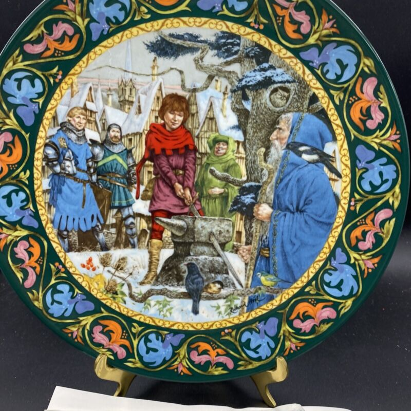 "1986;Wedgewood ""Arthur Draws the Sword"" Plate"