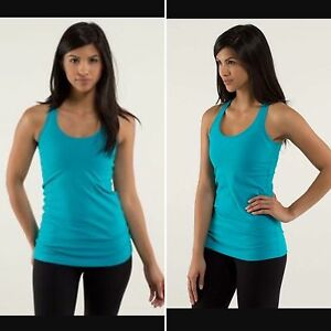 Lululemon Cool Racerback in Surge. Size 6