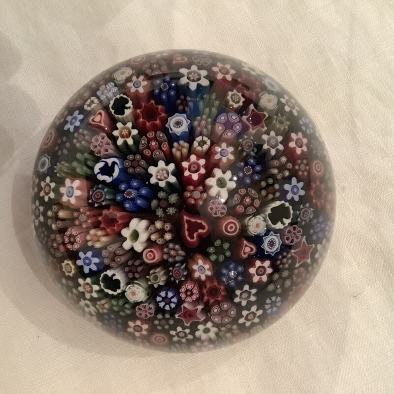 BEAUTIFUL PARABELLE PAPERWEIGHT