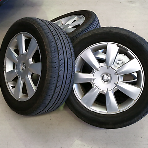 VE Berlina Wheels With great tyres Appin Wollondilly Area Preview