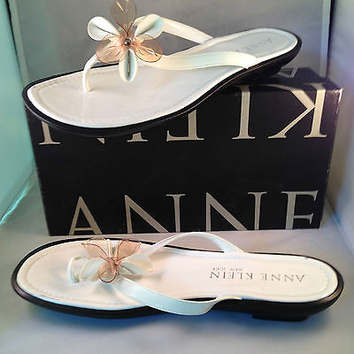 - Anne Klein White patent Leather sandals with Flower at vamp, 11M NIB