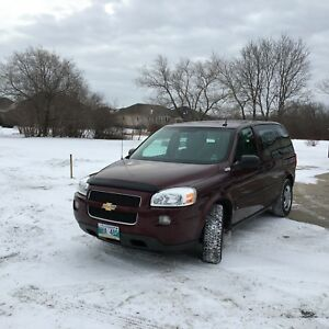 For sale 2009 Chevy uplander