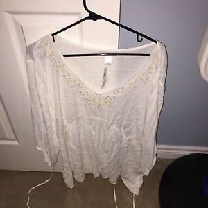 Closet Maternity Clothes clean out **some brand new tags on* OBO