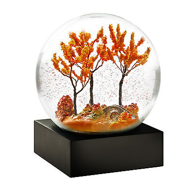 CoolSnowGlobes Autumn Chillingly Beautiful Glass Snow Globe Collectable
