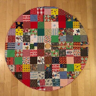 True Vintage Farmhouse Christmas Tree Skirt Quilt Round Red Gingham Mid Century