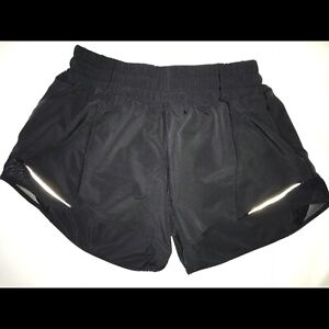 Lululemon Black Hottie Hot Shorts- Size 6, Long