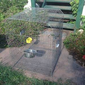 LARGE  BIRD CAGE  IN  GOOD CONDITION Stockleigh Logan Area Preview