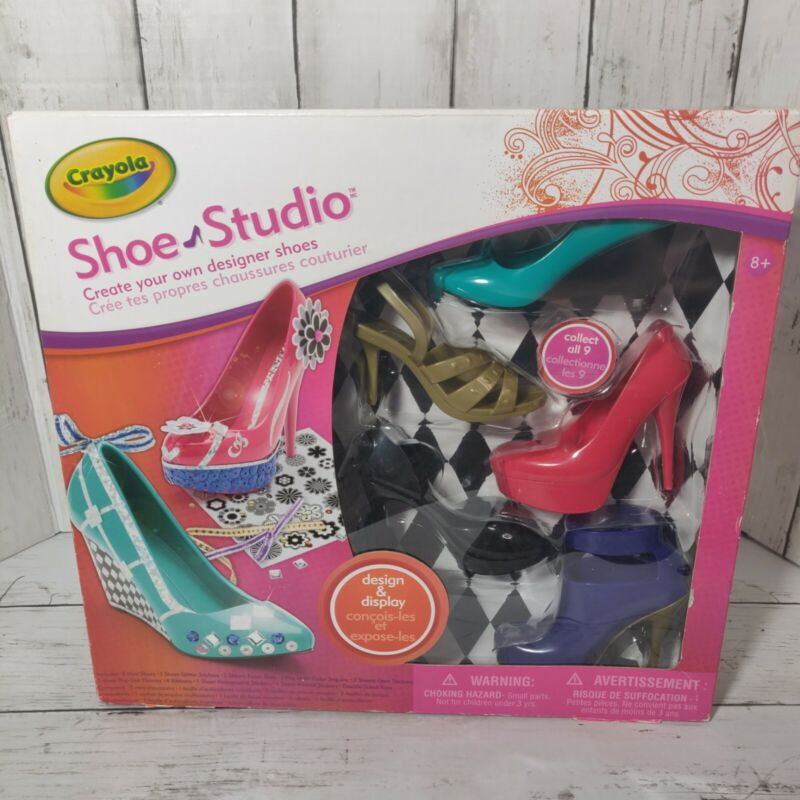 Crayola Shoe Studio nib